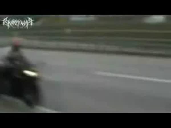 Bratislava - Idiot na motorce