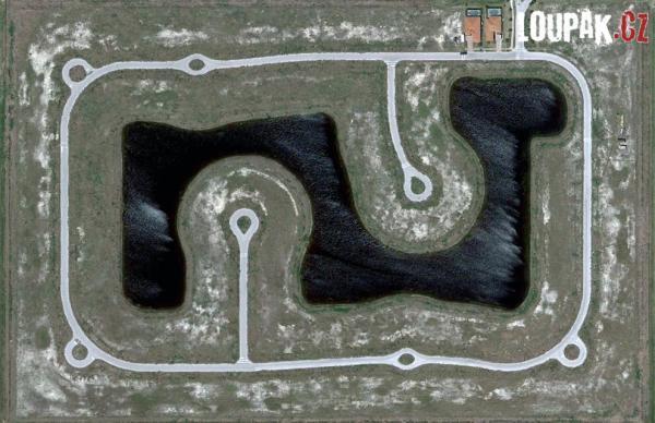 OBRÁZKY - Zajímavé letecké záběry