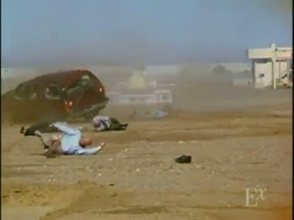 Crashtest - Používejte bezpečnostní pásy