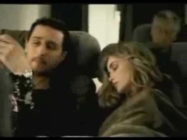 Fotka s neznámou slečnou - Reklama