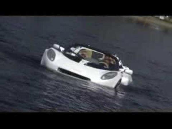 Představení automobilu - Rinspeed sQuba