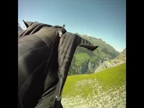 Borec – létající oblek