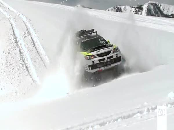 Auto jako sněžný skútr