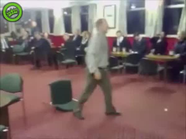 Běh přes židle