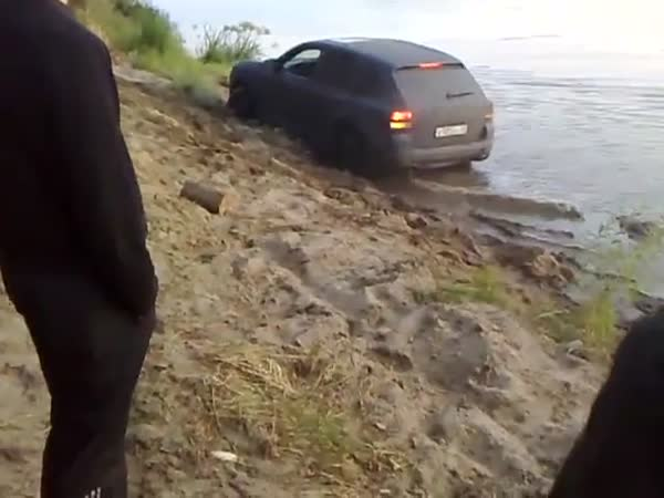 Idioti - výbuch kola