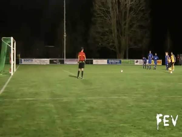 Borec - salto penalta