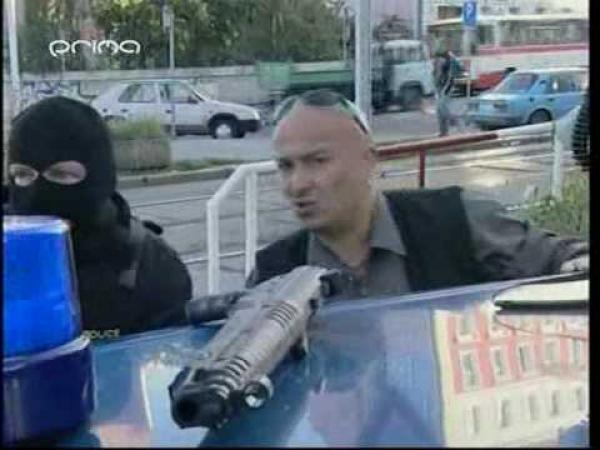 Zdeněk Izer - Policejní vyjednávač