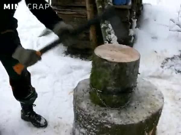 Návod - jak štípou dřevo profíci