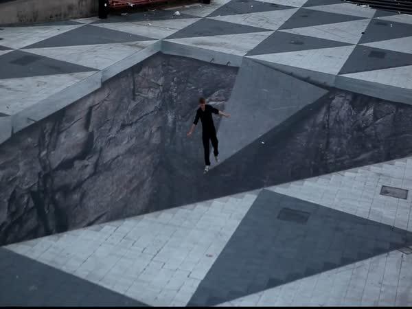 Iluze jámy uprostřed náměstí
