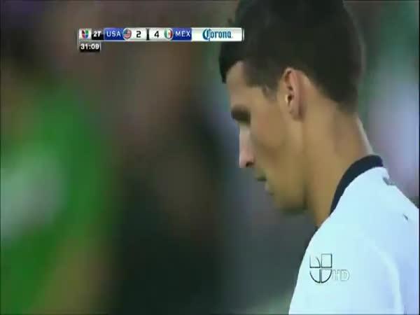 Borec fotbalista - Giovani dos Santos