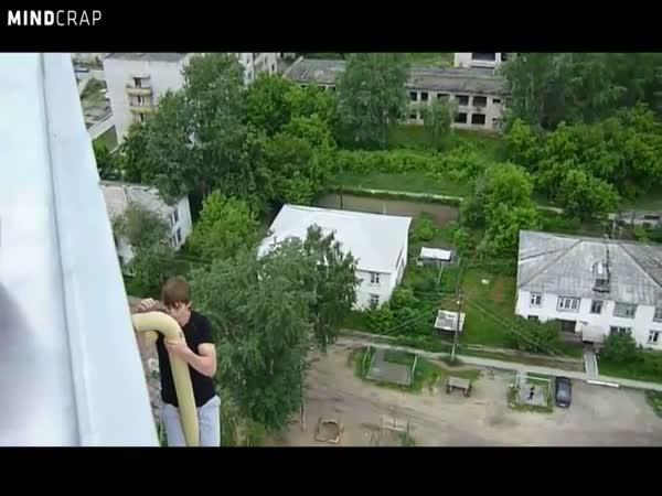Ruský Spiderman - Sergey Devliashov