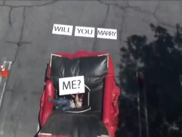 Šílená žádost o ruku