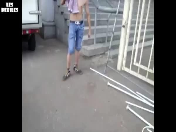 Borec - Gumové nohy