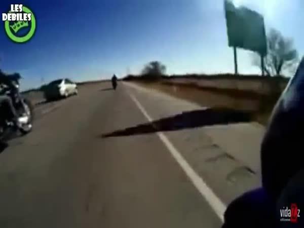 Pohodový vs. Šílený Motorkář