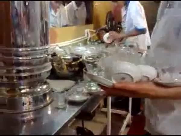 Borec - Indie - Čajový mistr