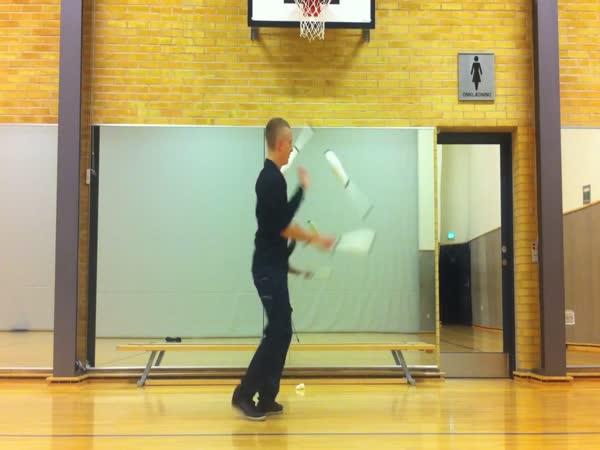 Borec - dupstep žonglování