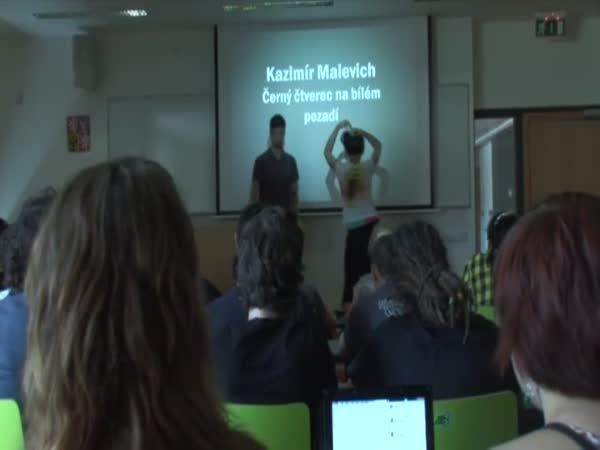 Česká republika - Striptýz ve škole