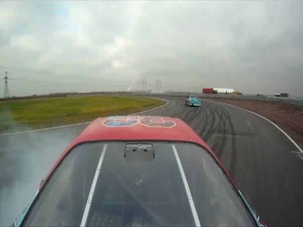 Nezapomenutelná jízda v závodním autě 2.část