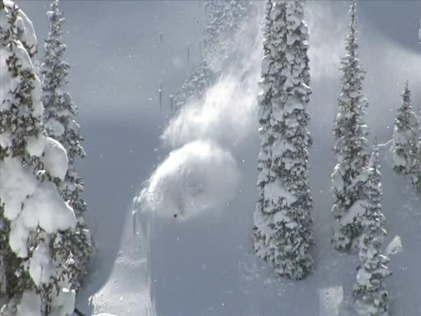Řádění na sněžném skútru