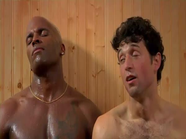 Chlapi v sauně