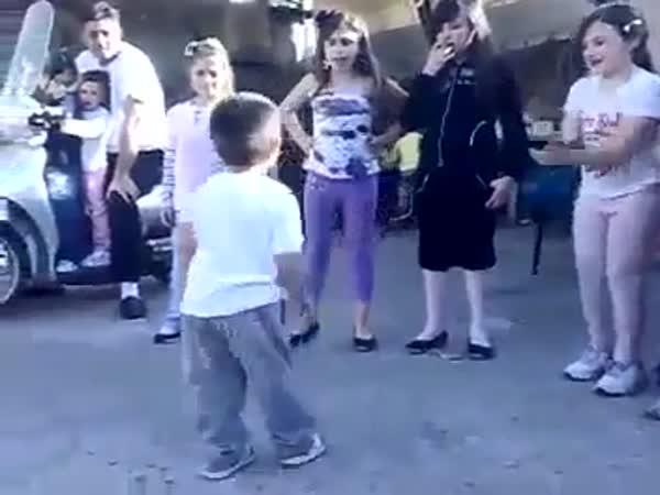 Klučina si dává tanec na Jacksona