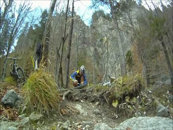 Borci - Sjíždění hor na kole