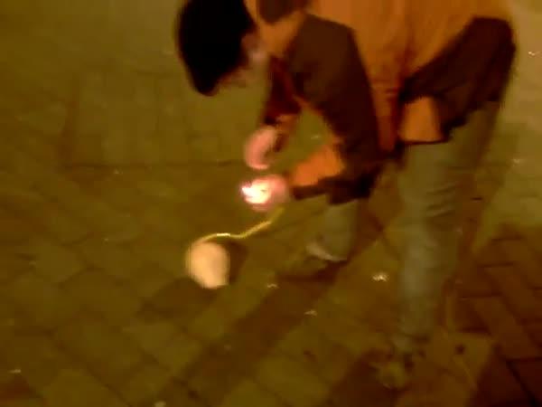 Odpálení kulové pumy na Silvestra v Brně