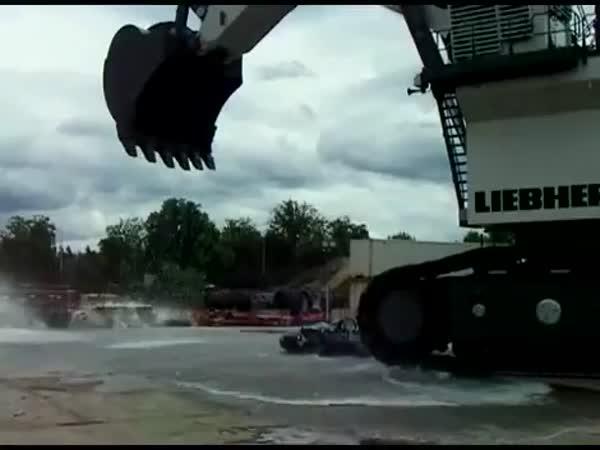 Umytí auta jednou lžící vody