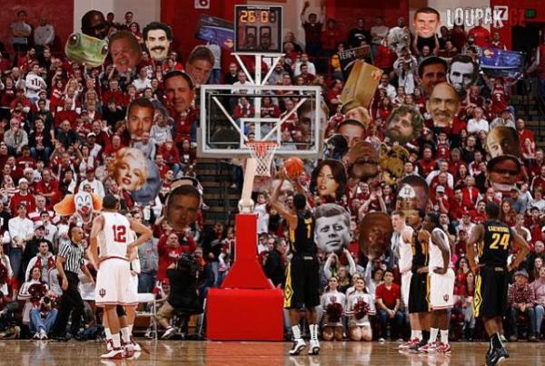 OBRÁZKY - Fanoušci v NBA