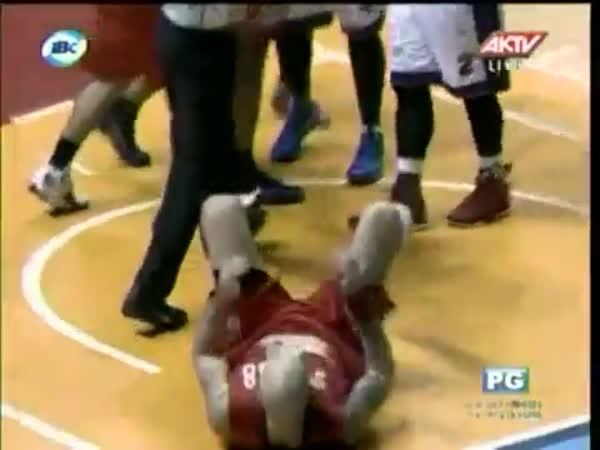 Basketball - Špatný simulant