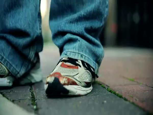 Proč nevyhazovat žvýkačky na chodník