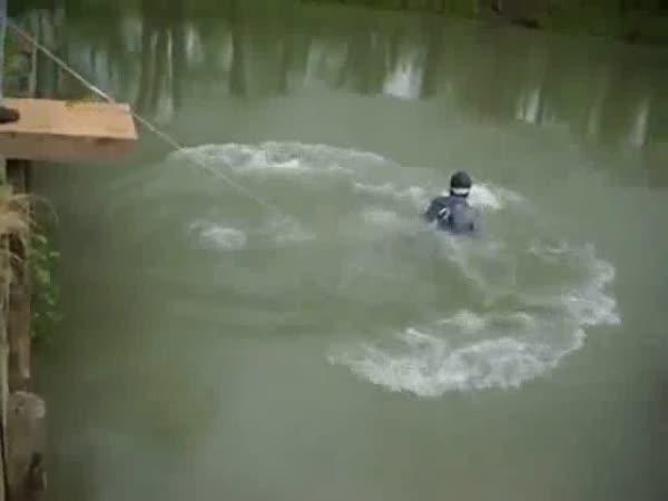 Nachytávka - Bungee jump