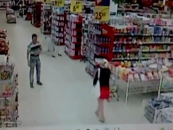 Idiot - Jízda na vozíku v supermarketu