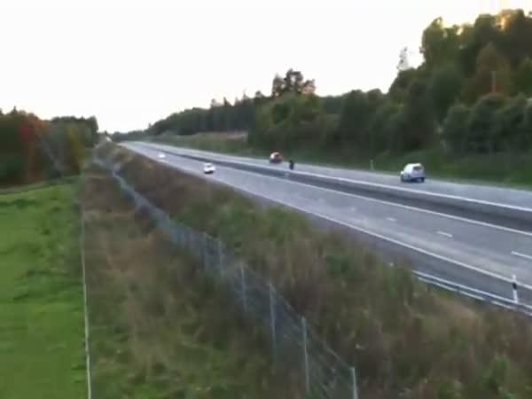 Ve 353 km/h po zadním kole