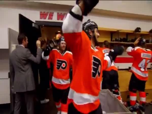Oslava vítězného hokejového zápasu