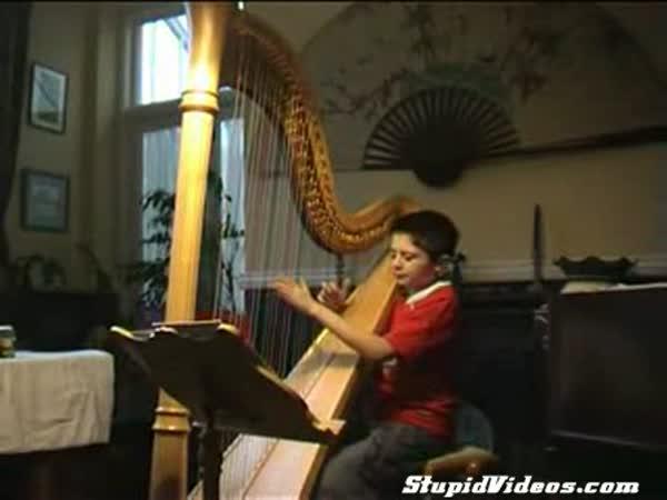 Cantina band na harfu