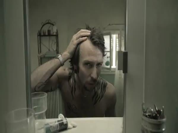 Život před zrcadlem