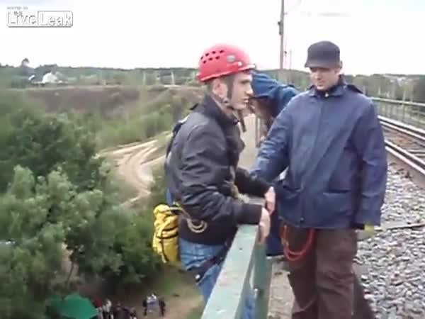 Hořký bungee jumping