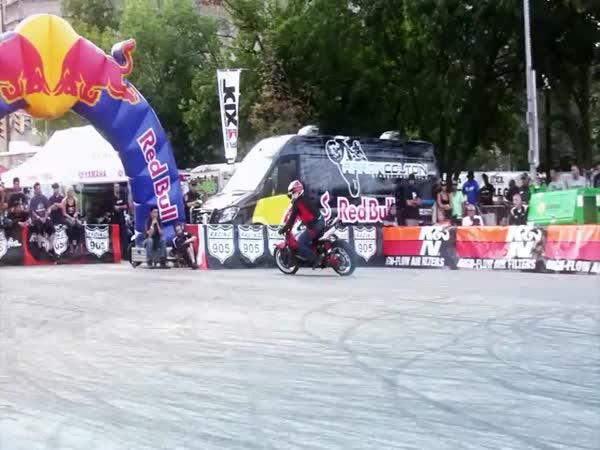 Borec na motorce - Rafal Pasierbek