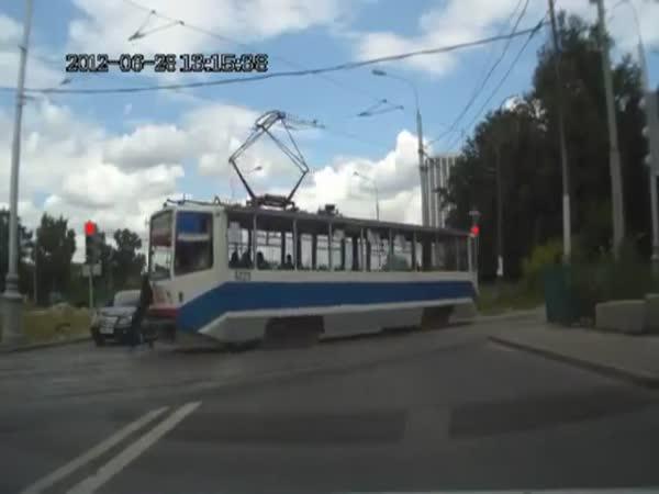 Blbec na kolejích