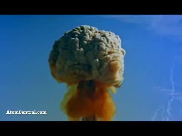 Atomové výbuchy - kompilace