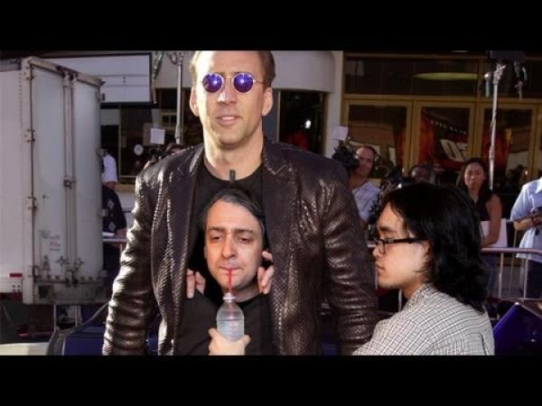 Muž uvnitř Nicolase Cage