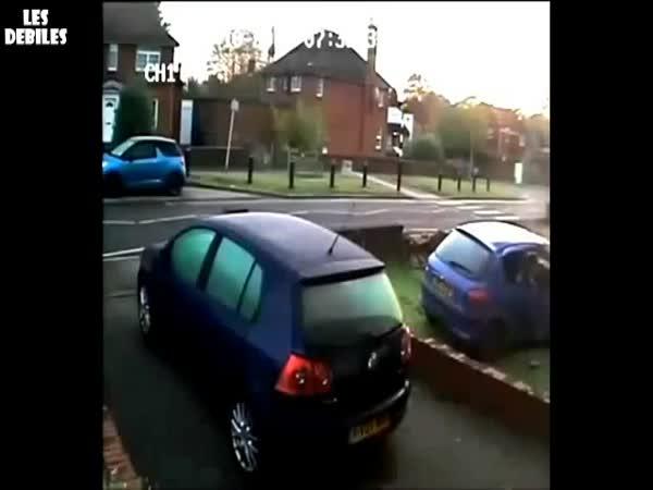 Parkování přes plot