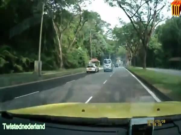 Blbci za volantem - nehody 14.díl