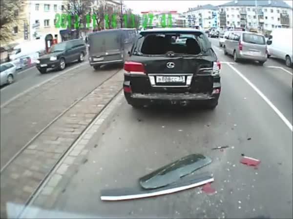 Nehoda - Nepozorný autobusák