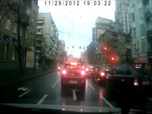 Blbec - Naháč na ulici