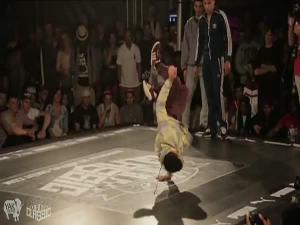 Neuvěřitelní freestyle tanečníci