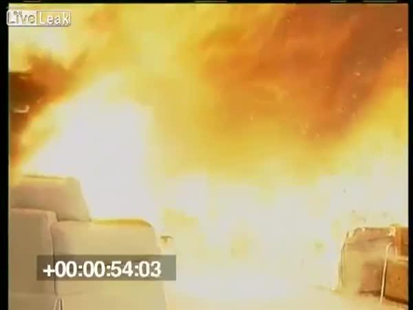 Vánoční stromeček - Jak rychle hoří?