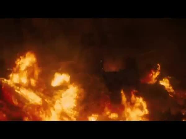 Trailer - Star Trek: Do temnoty