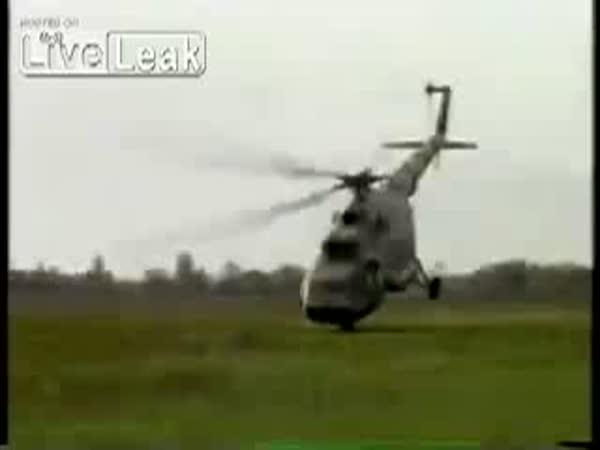 Talentovaný pilot vrtulníku